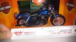 Moto miniatura escala 1/12 (Harley Davidson)