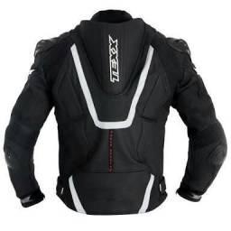 Jaqueta de couro Texx semi nova