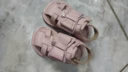 Sandália infantil marca bibi