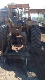 Trator Valmet 118 4x4 ano 1996 com lâmina e guincho