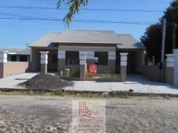 Casa em Cidreira, nova, 02 dormitórios, sendo 01 suíte, financiamento banc, aceito carro