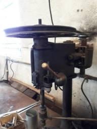 Furadeira de bancada UMJ adaptada para fazer rosca, Motor 1/2 cv *Preço pra vender HOJE