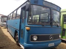 Ônibus urbano Mercedes 364 - 1982