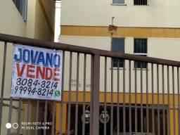 (R$220.000) Apartamento no Centro (1º andar) - frente Escola Cesu e Hotel San Diego