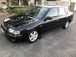 Nissan primera gxe - 1997