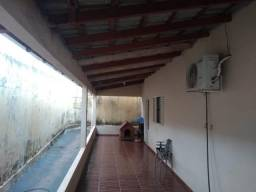 Casa 3 quartos - 233M²