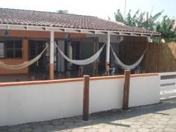 Casa 5 Dormitorios 5 vagas 90 metros Praia de Morrinhos Bombinhas -SC Venda