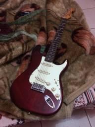 Vendo ou troco guitarra shelter FST62.