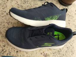 Vendo Tênis Skechers Go Run Ride 8 Masculino