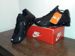Nike Shox R4 super confortável