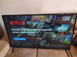 "Smart TV LG 49"" com defeito"