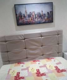 Cabeceira para cama de casal.
