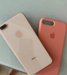 IPhone 8 Apple Plus com 64GB - Rose Gold (Usado)