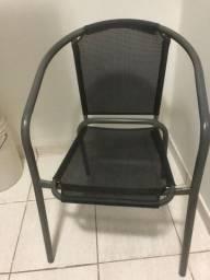 Duas cadeiras no estado