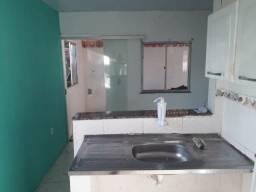 Casa sala, quarto, cozinha e banheiro