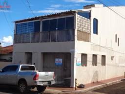 Casa Sobrado para Aluguel Localizado no Centro de Itumbiara-GO