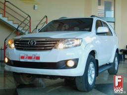 Toyota Hilux SW4 SR 4x2 2.7/ 2.7 Flex 16V Aut