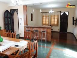 Casa Residencial à venda, 3 quartos, 4 vagas, Centro - Divinópolis/MG