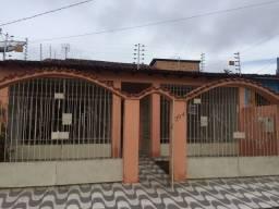 Título do anúncio: Casa no Centro de Bragança com 200m²