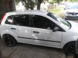 Fiesta 2005 básico ac troca