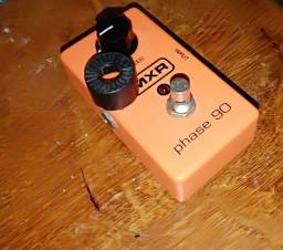 Phase 90 pedal