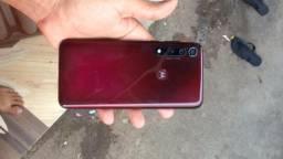 V/T esse Motorola G8 Plus semi novo 64 gigas 4 de RAM com todos os acessórios