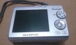 Câmera Fotográfica Digital Olympus X-760
