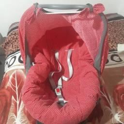 Bebê conforto, pouco usado.
