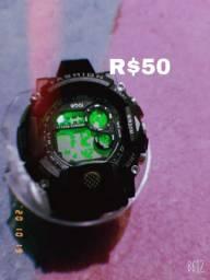 Vendo esses lindos relógios