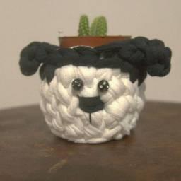 Mini-cachepô de cachorro