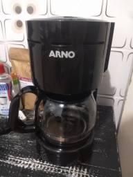 Cafeteira elétrica Preta<br><br>