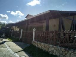 Linda casa em condomínio em São Pedro da Aldeia (aceita permuta)