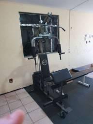 Estação de musculação + kit de puxadores + tapetes