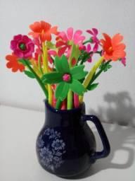Caneta Flores