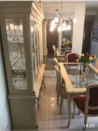 Mesa seis cadeiras e Cristaleira