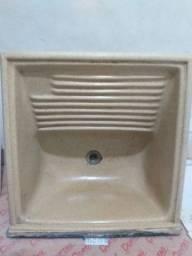Tanque para lavanderia 60x60 cm bege