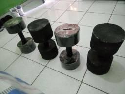 Halteres de cimento, 4 pares por 50$