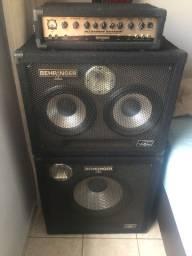 Amplificador Behringer para contrabaixo