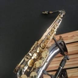 Sax tenor Eagle impecável