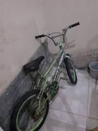Bicicleta Croissinha (PRA VENDER RAPIDO)