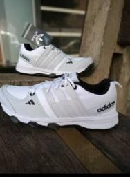 Tênis Adidas ( atacado)
