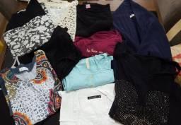 Lote roupas e calçados brechó