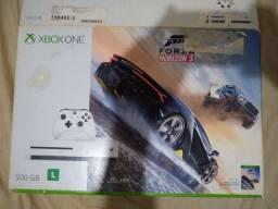 Vendo Caixa Xbox One SLIM