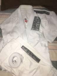 Kimono jiu-jítsus na etiqueta