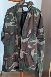 Jaqueta camuflada importada