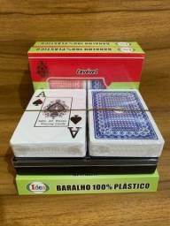 Kit 2 Baralho 100% Plástico Lavável 108 Cartas Estojo Poker