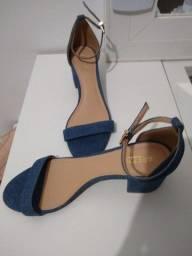 Sandália Arezzo jeans