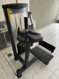 Máquina de Glúteo - QUASAR