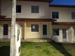 Casa duplex no condomínio Parque Universitário