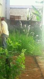 Serviço de capina de lotes e quintas